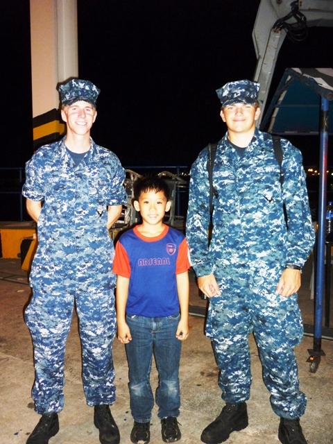 Ezra pegaber dengan US Navy