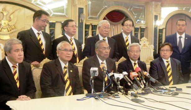 Ketua Menteri Sarawak Datuk Patinggi Tan Sri Adenan Satem hari ini mengumumkan tarikh 11 April sebagai tarikh pembubaran Dewan Undangan Negeri(DUN) Sarawak.